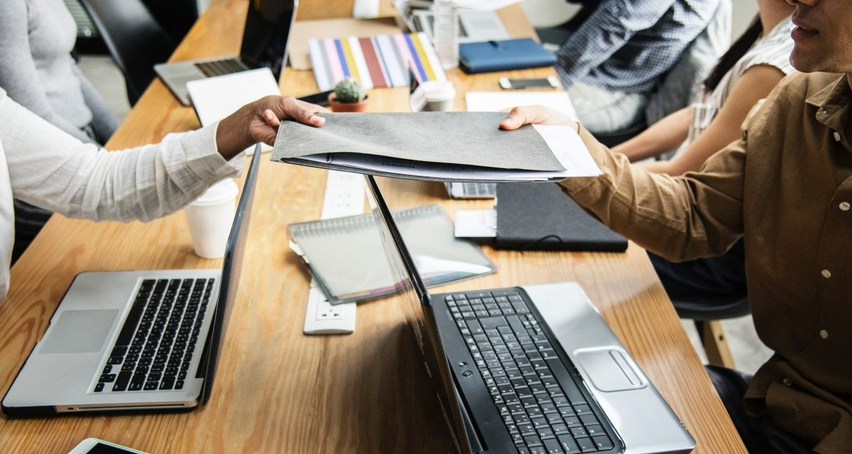 Angajatorii au postat peste 70.000 de locuri de muncă noi, în primul trimestru