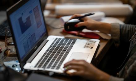 HR Analytics – Ce este, cum ajuta si de ce este un instrument esential pentru oamenii de HR
