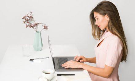 Studiu Microsoft: munca la distanță pune în pericol productivitatea și inovația