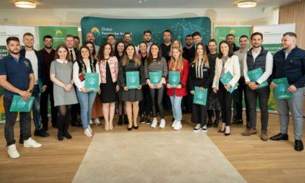 """Clubul Fermierilor Români lansează înscrierile pentru seria a treia a programului """"Tineri Lideri pentru Agricultură"""""""