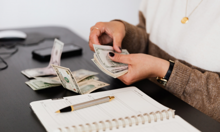 În ce condiții poate fi micșorat salariul unui angajat?