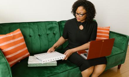 Munca de la distanță: riscurile și oportunitățile relocării virtuale