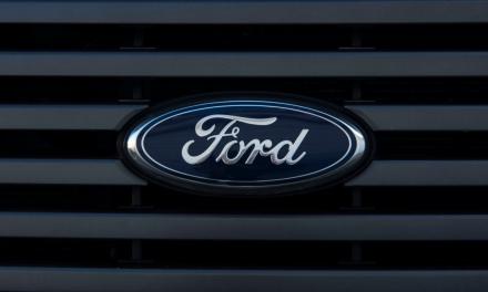 Ford va amâna revenirea angajaților la birouri