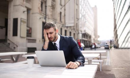Presiunea de la locul de muncă și sindromul burnout.  Cum poate rezolva tandemul angajat – angajator această criză