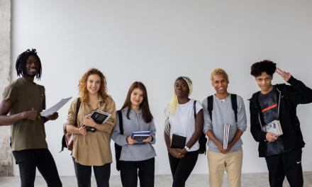 Junior Achievement și NN Group susțin o nouă inițiativă educațională europeană pentru tinerii din medii dezavantajate